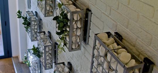 sistema profesional para jardines verticales y asistencia durante el montaje.