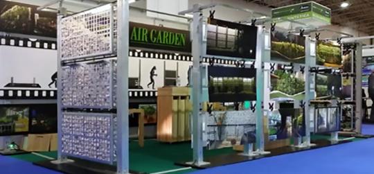 evento expõe plantas e flores e equipamentos para o jardim