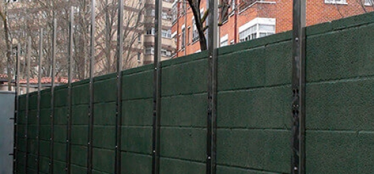 Garden fences with privacy