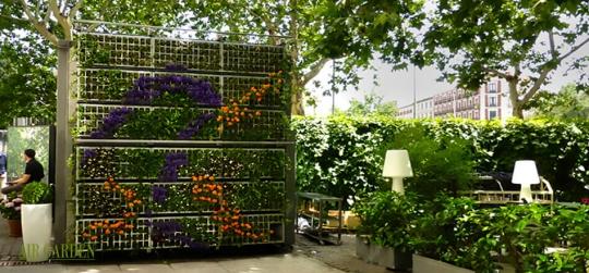 Jardines verticales, captación y almacenamiento de agua de lluvia