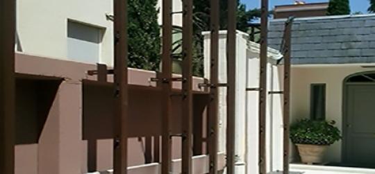 Installing a vertical garden